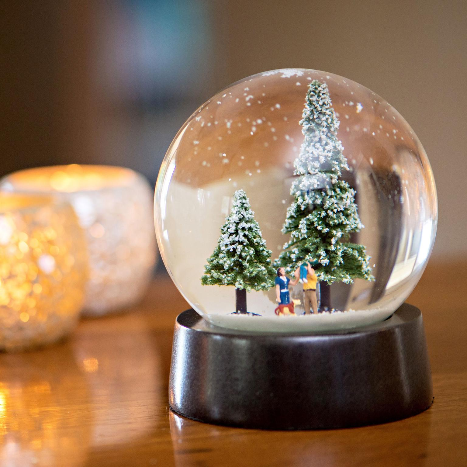 Leah Andrews bespoke diamond-set snow globe