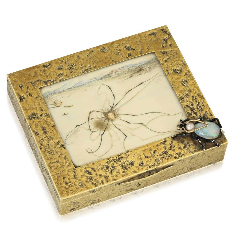 Insect cigarette case, Verdura in collaboration with Dali in 1941, opal insect, painted ivory panel in gold