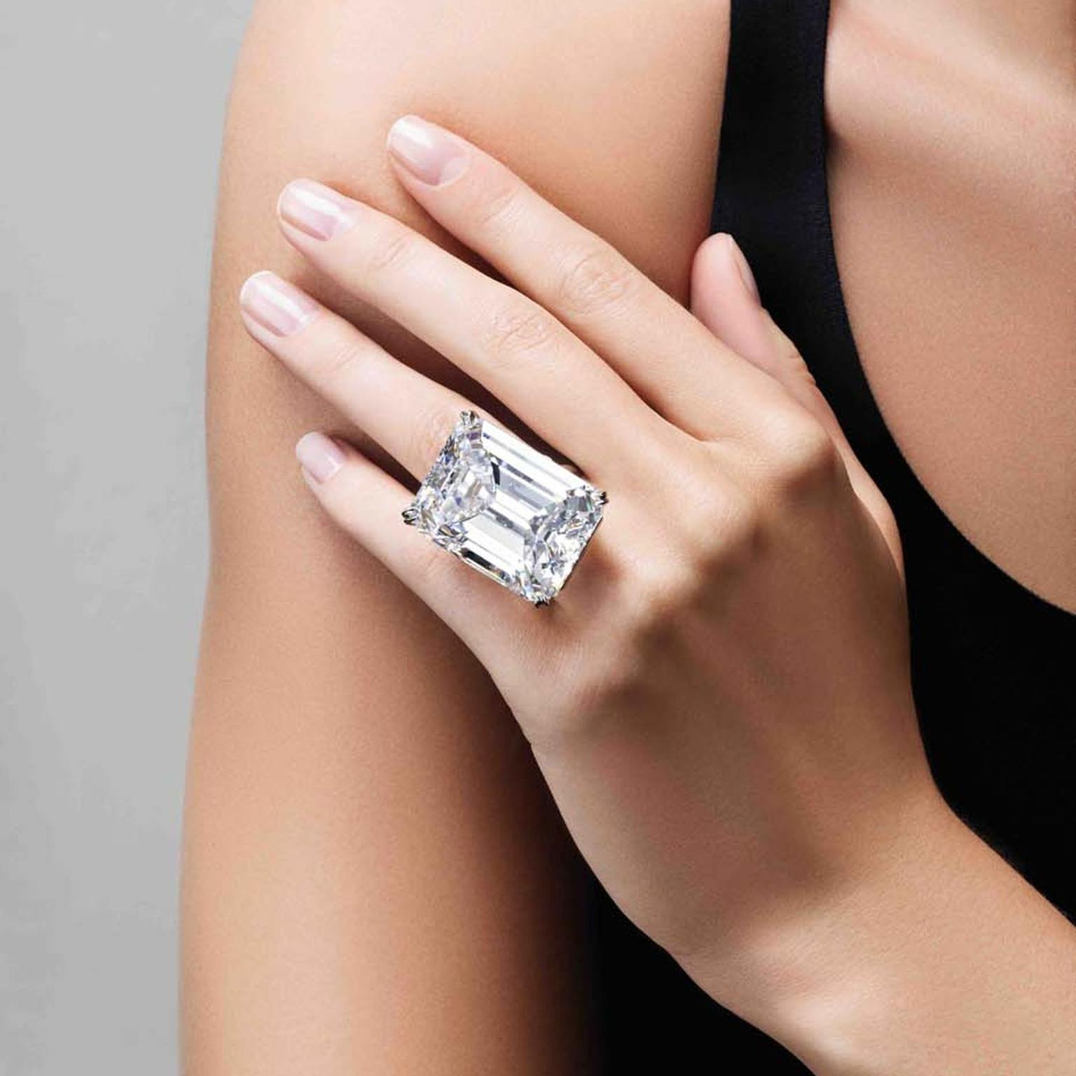with platinum enlarge jewellery previous rings engagement diamond emerald cut baguette click photo carat h mounting next ring to gia