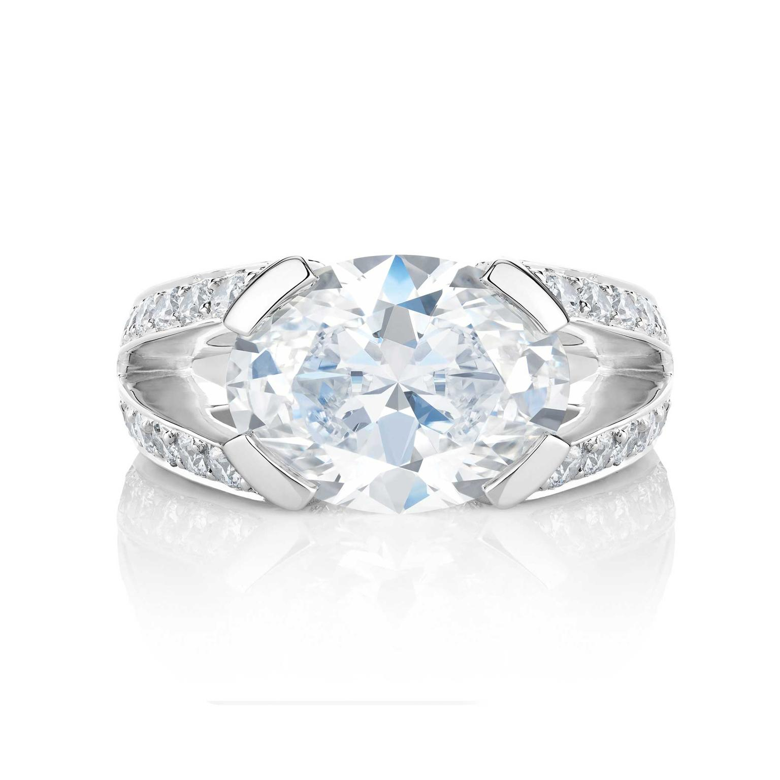 De Beers Master Diamonds Annabel oval ring