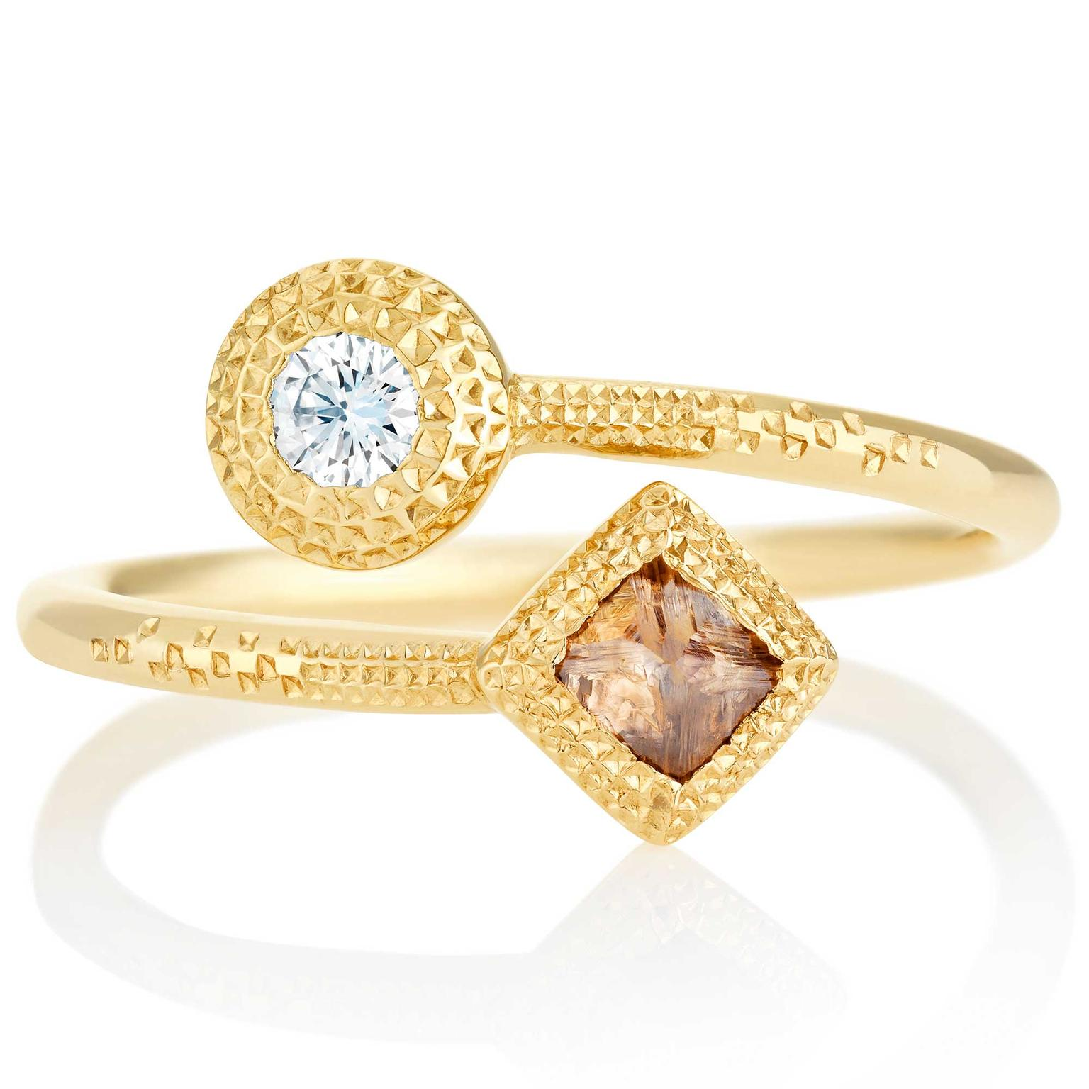 De Beers Talisman rough diamond ring in yellow gold