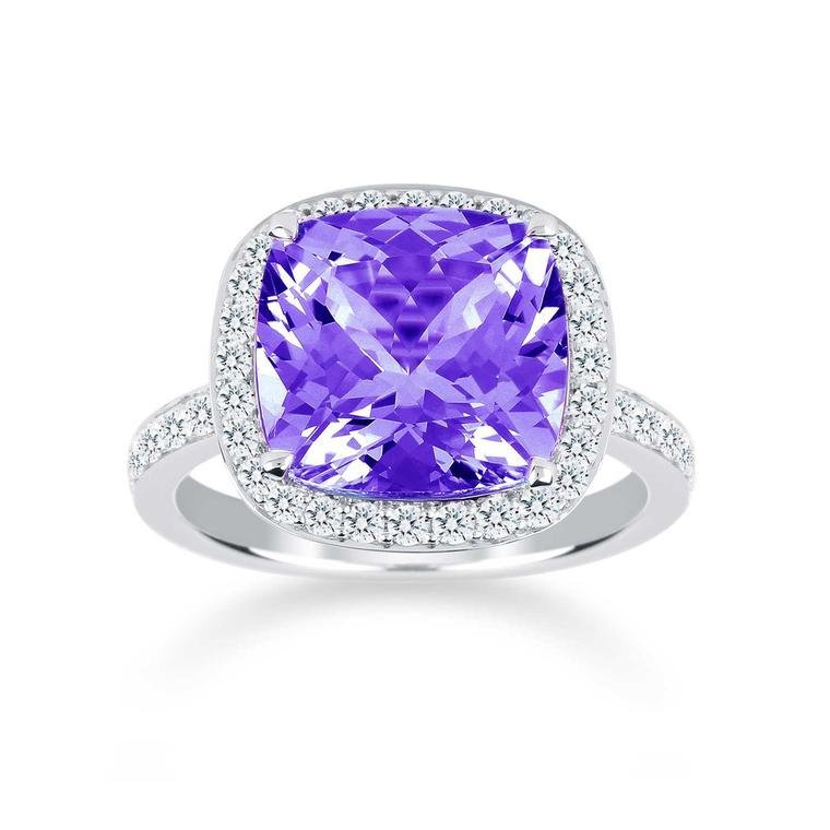 Prima amethyst ring with diamonds