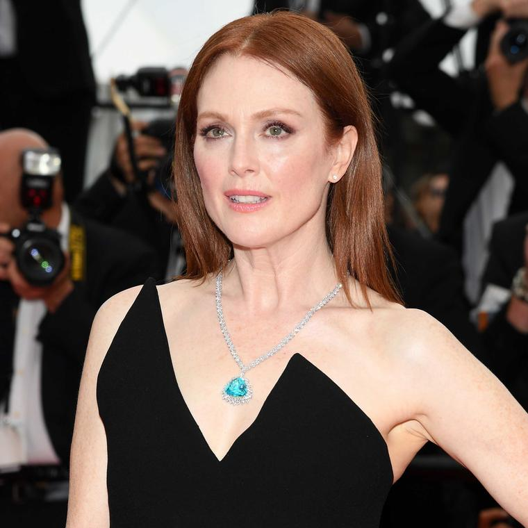 Julianne Moore in Chopard ethical Green Carpet jewels at Cannes Film Festival
