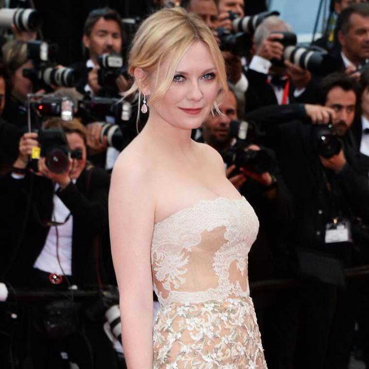 Cannes 2016 Day 10: Kirsten Dunst in Chopard and Valentino