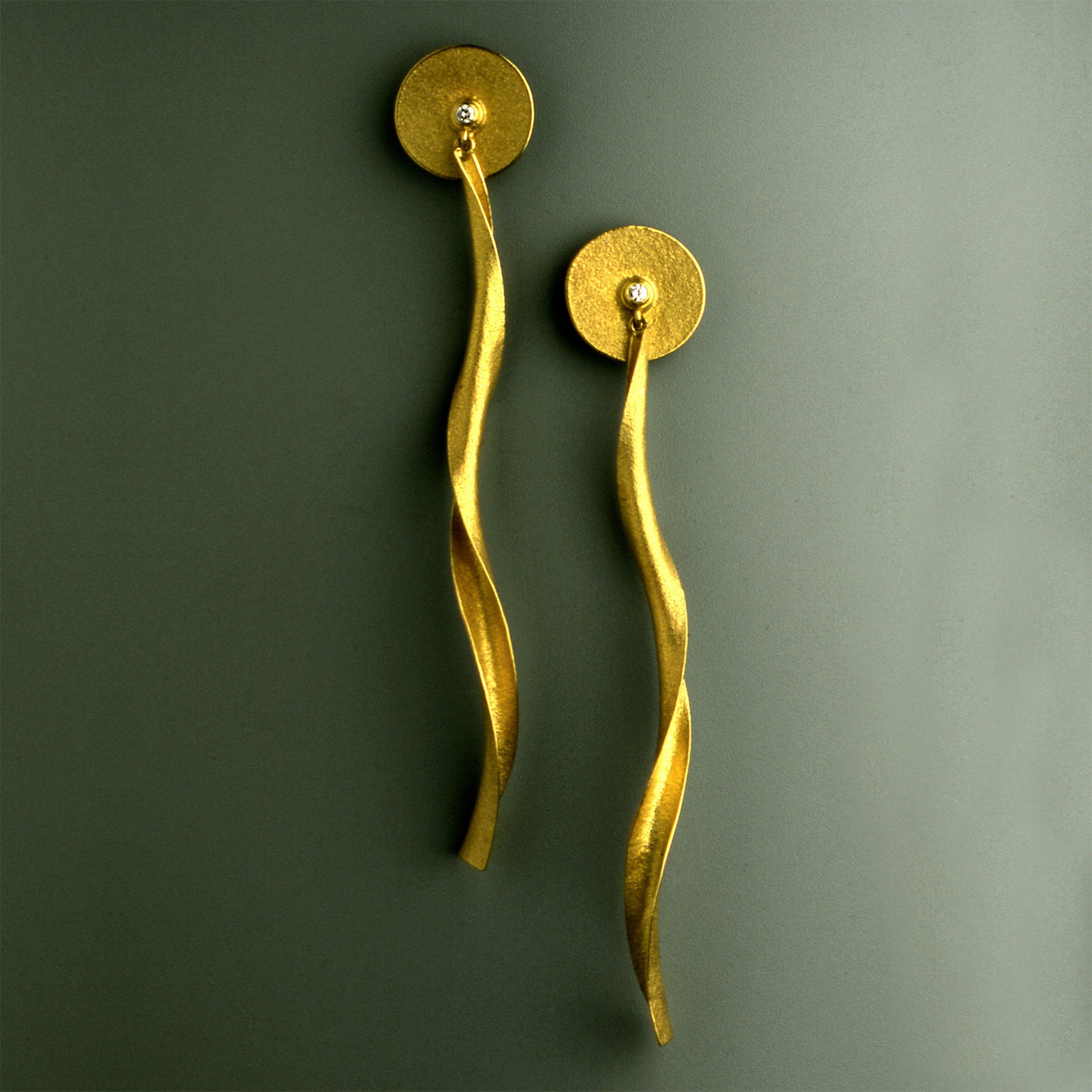 Jacqueline Mina earrings with twisting drops, 2002