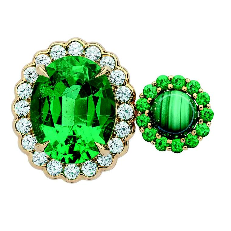 Dior et Moi high jewellery between-the-finger ring set with emeralds