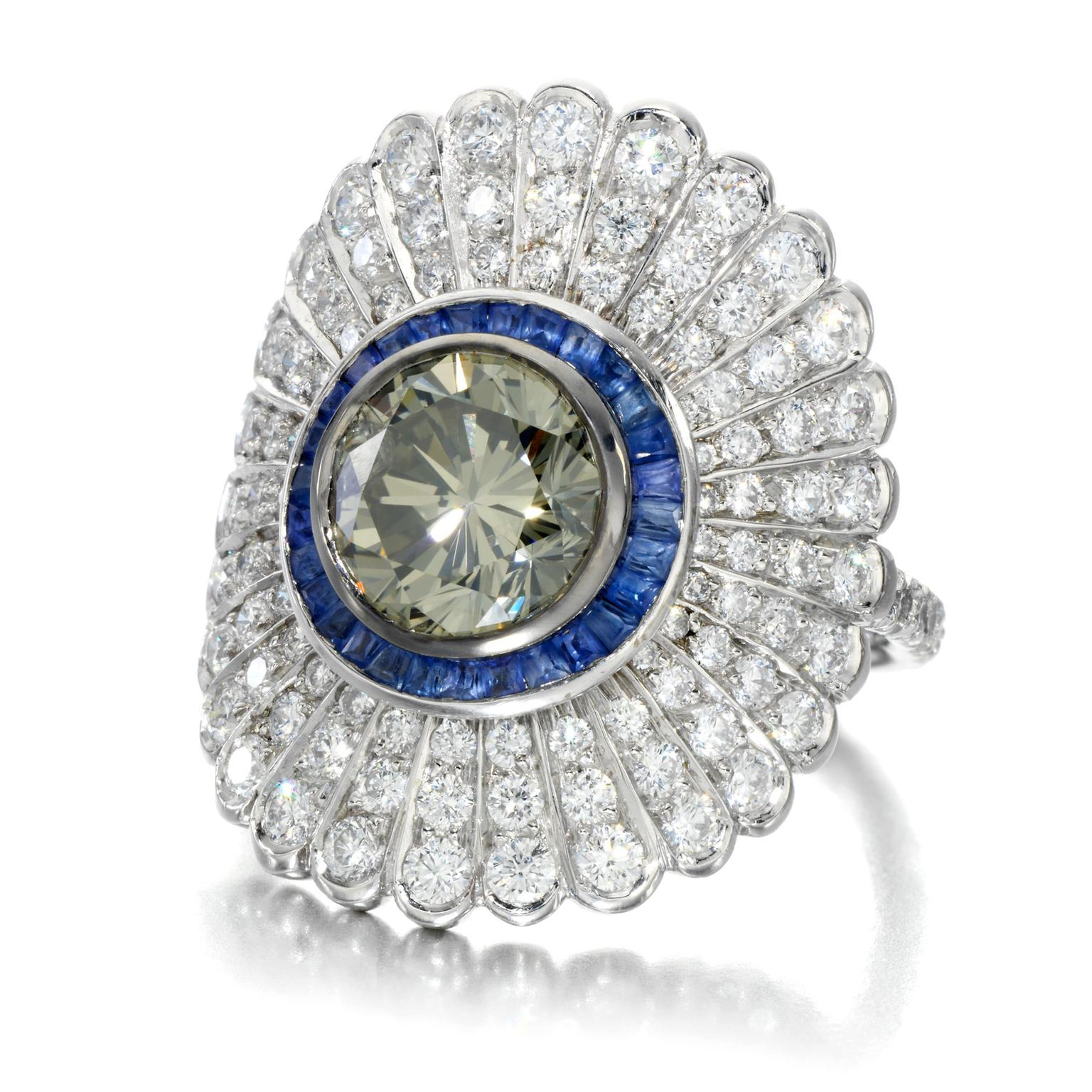 Jessica McCormack 1.86-carat Fancy Grey diamond Daisy ring