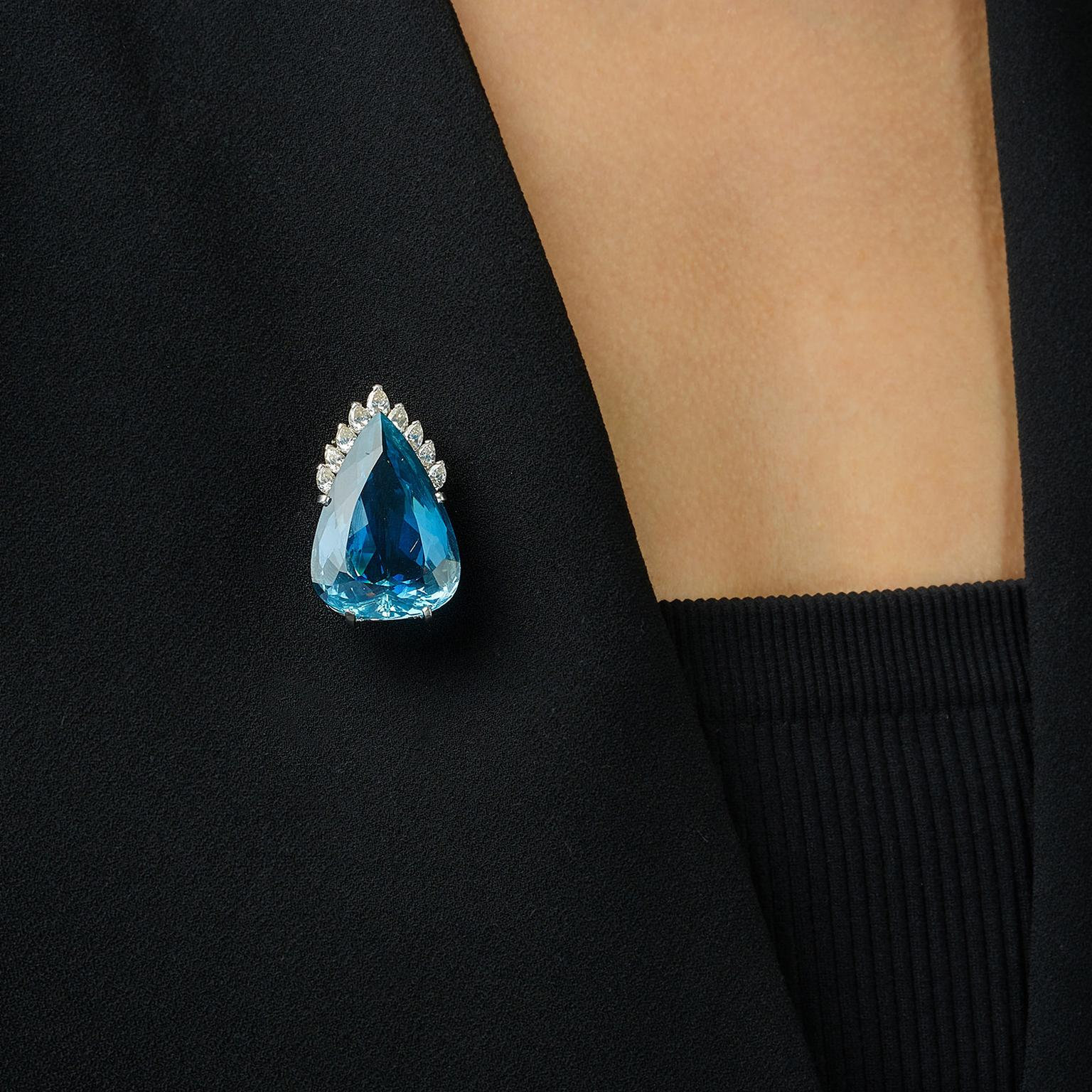 Lot 584 Aquamarine and diamonds brooch Phillips auction on model