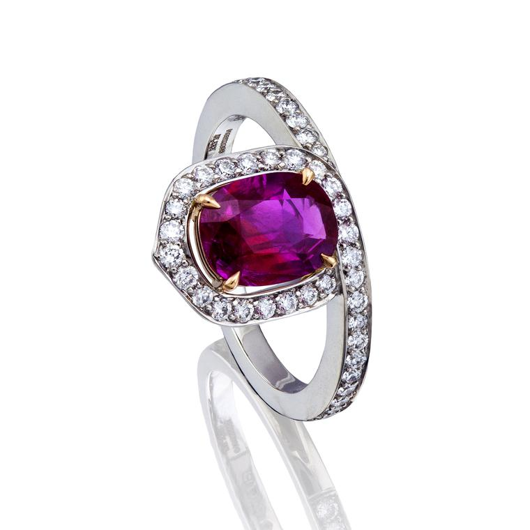 Boodles Wisteria ruby ring