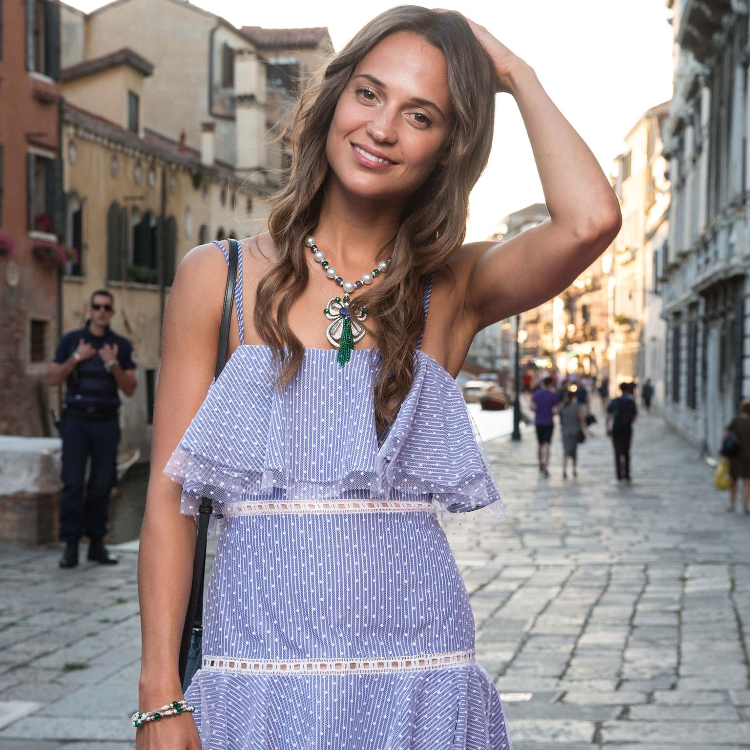 Alicia Vikander in Bulgari Festa necklace