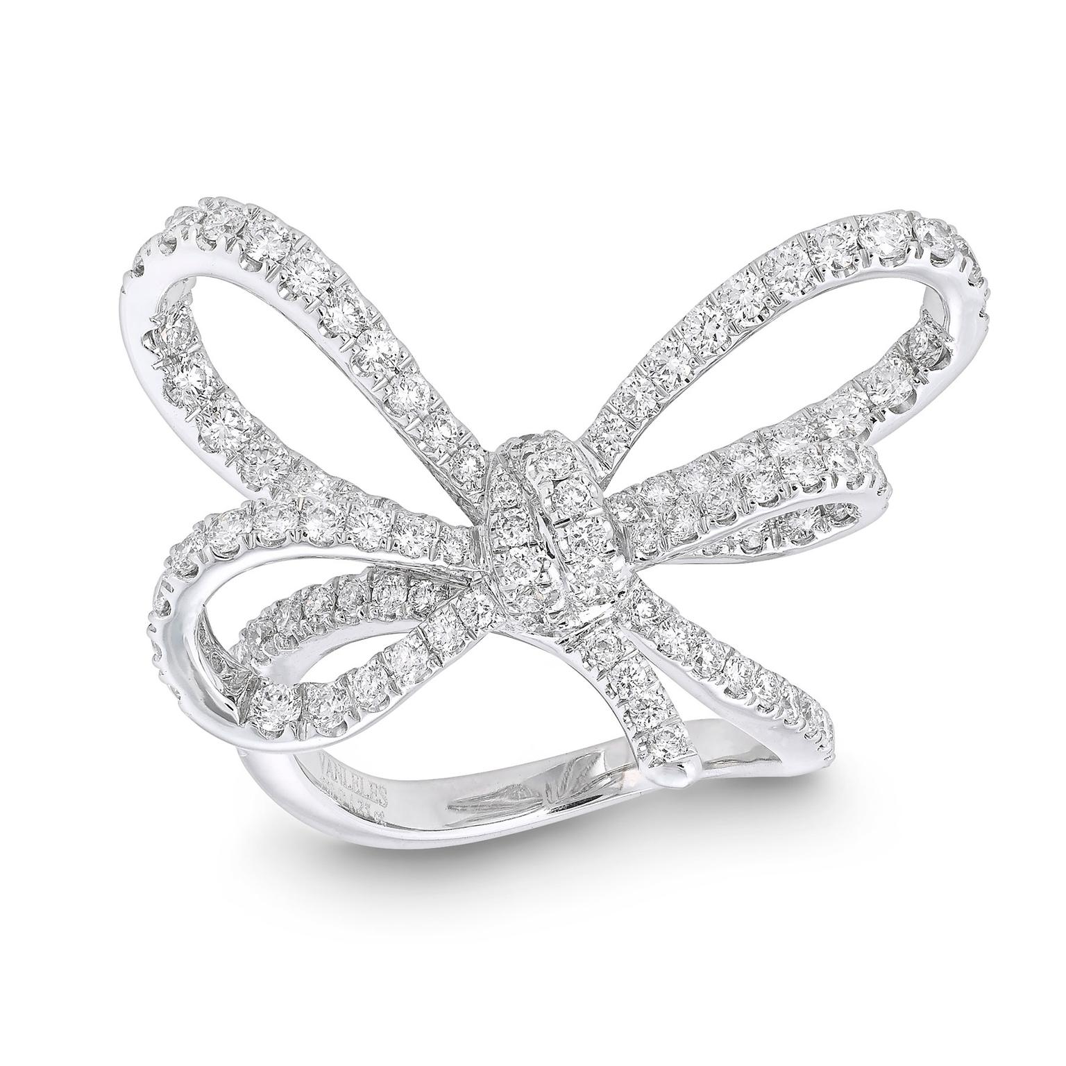 VANLELES Bow white gold and diamond ring