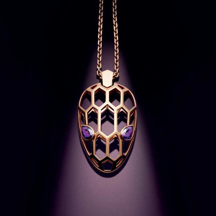 Serpenti Seduttori pendant necklace in rose gold with amethysts