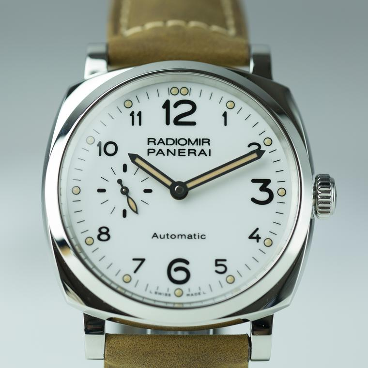 Panerai Radiomir watch face
