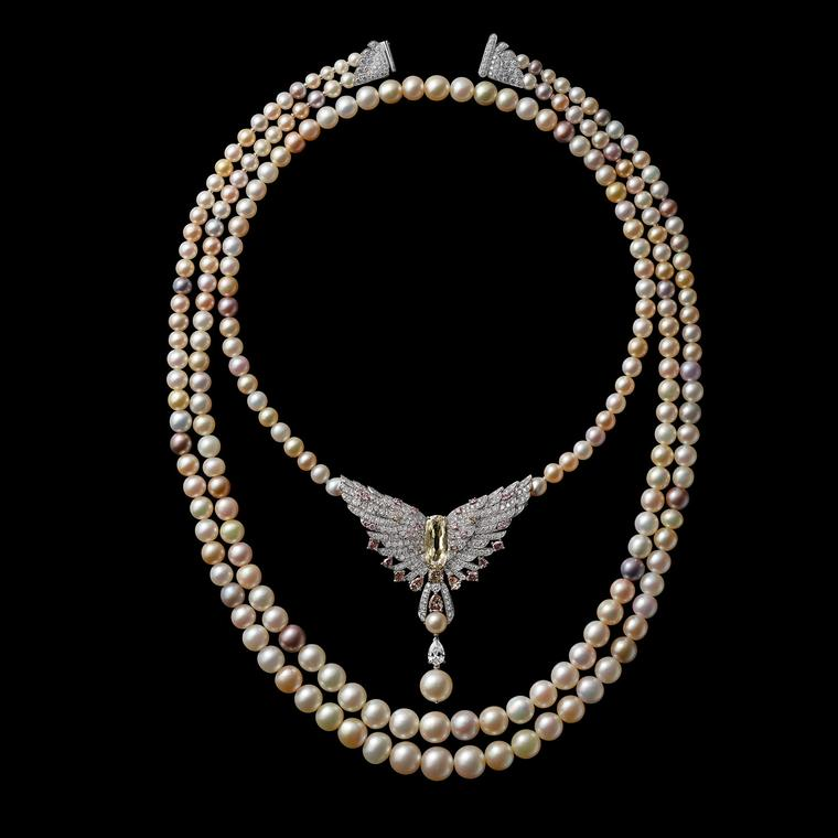 The pearl necklace that was exchanged for the mansion