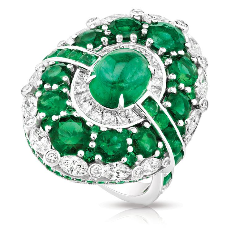 Fabergé Aurora diamond and emerald ring