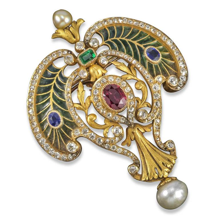Lot 285 An Art Nouveau brooch pendant by Falize. Estimate £2000 to £3,000