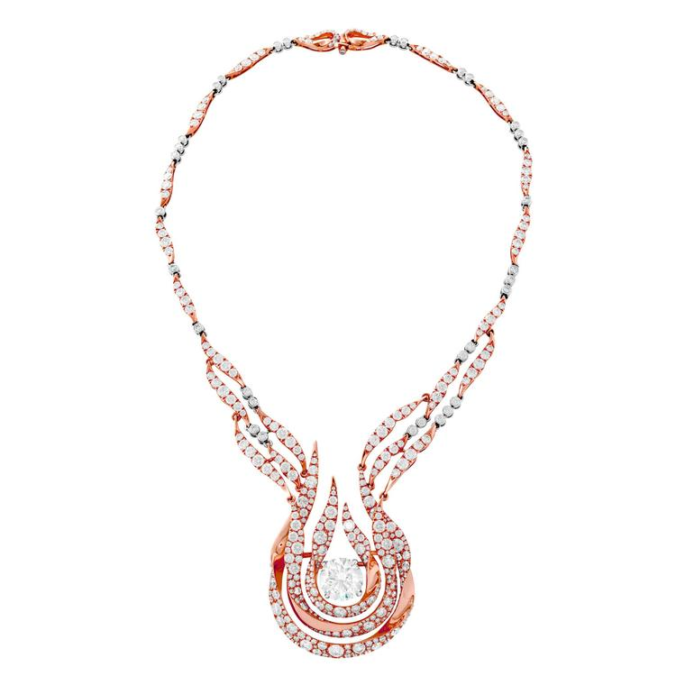 Hearts on Fire bagged itself a Couture Design Award in the Best in Haute Couture category for this striking diamond necklace in rose gold.