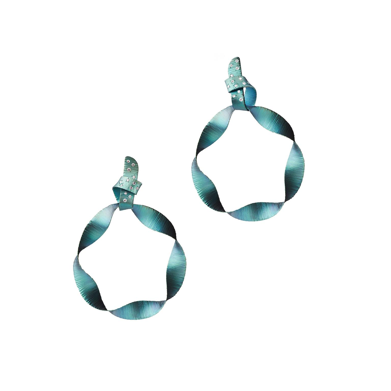 Suzanne Syz blue titanium earrings