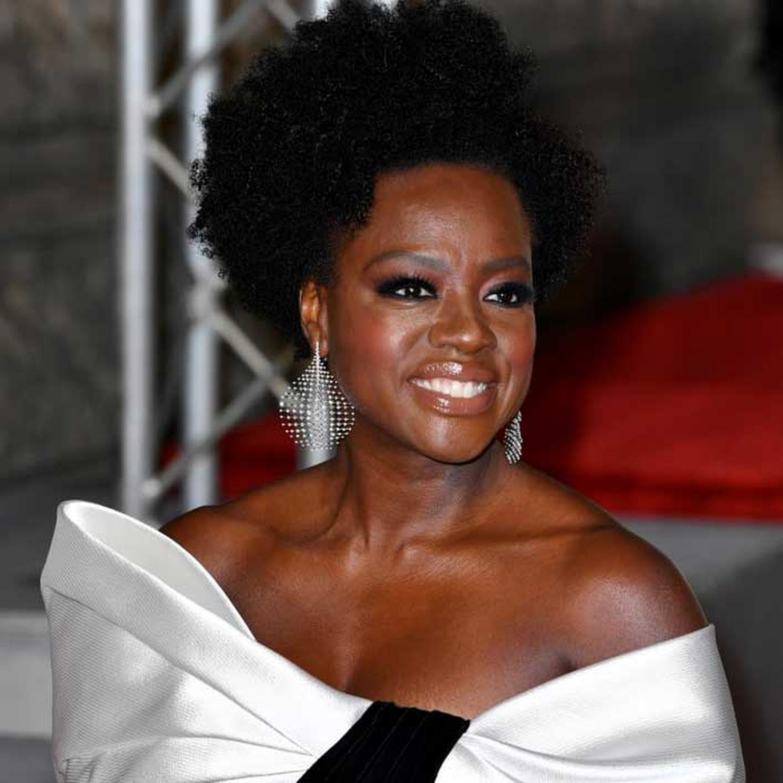 Viola Davis in Fernando Jorge earrings BAFTA