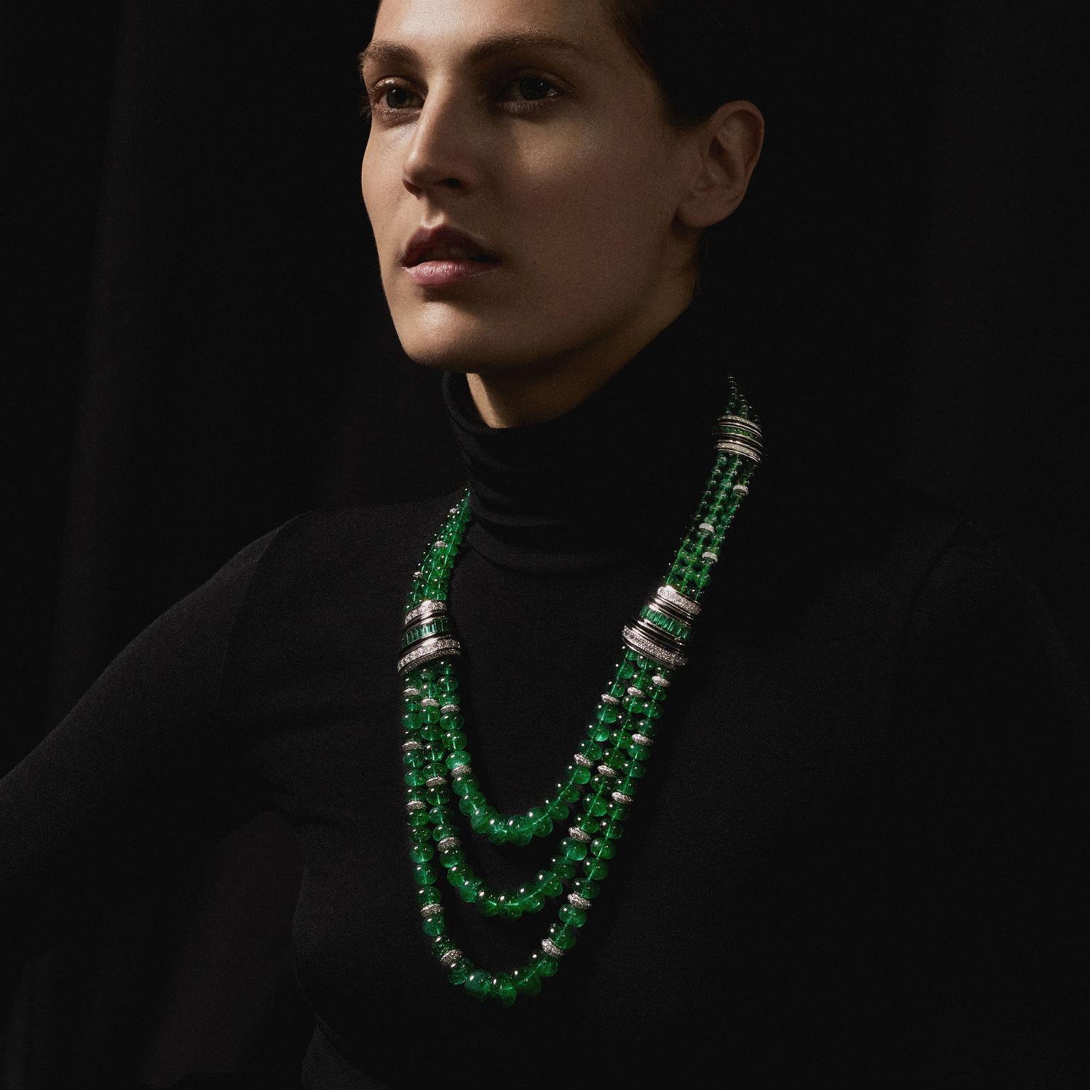 Plastron Emeraudes necklace by Boucheron on model