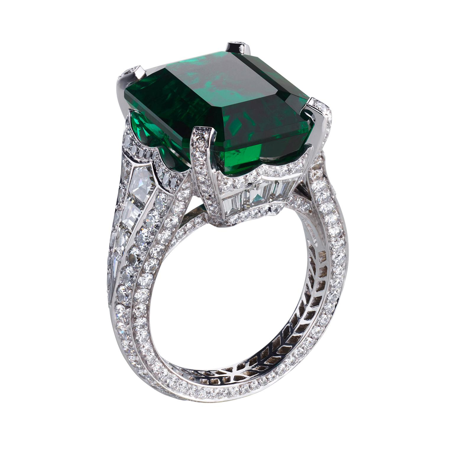 Fabergé Devotion emerald and diamond ring