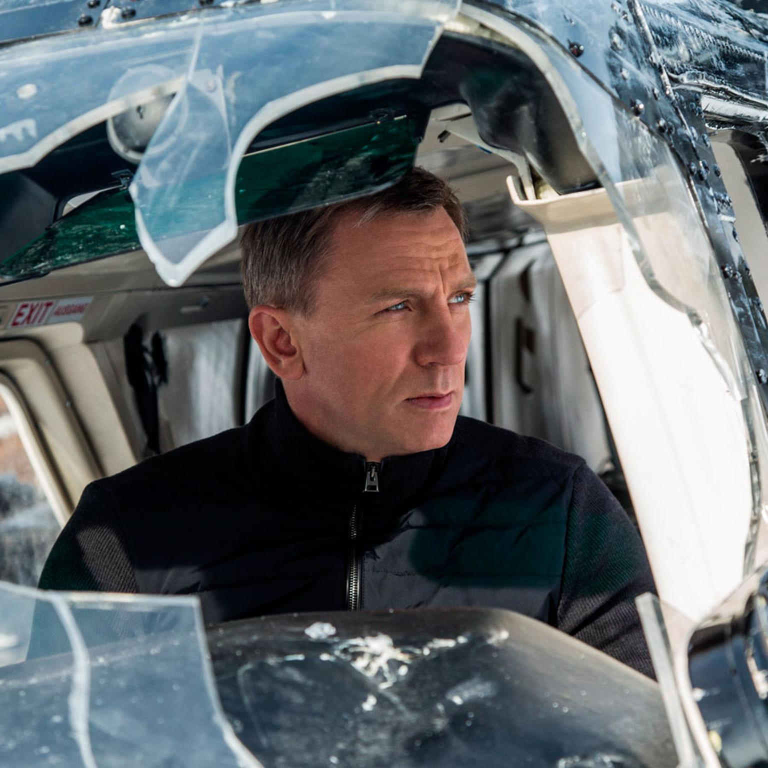 Daniel Craig as James Bond in Spectre 2015