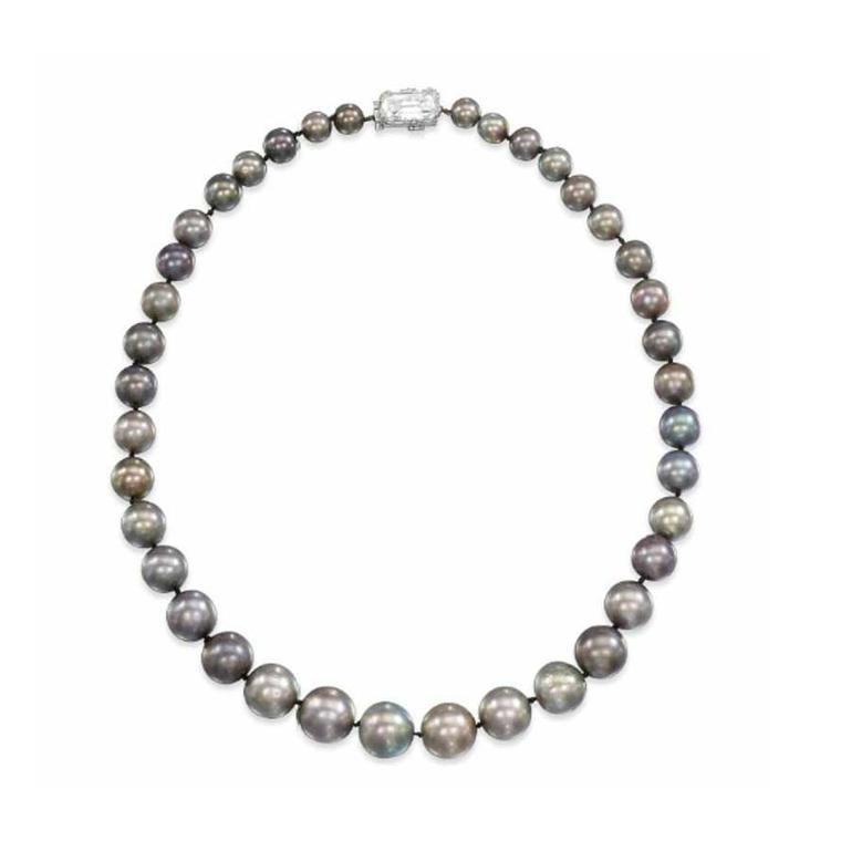 Cowdray natural pearl necklace