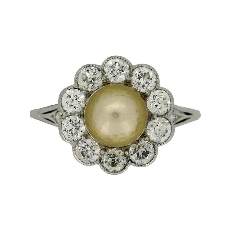 Berganza pearl and diamond ring