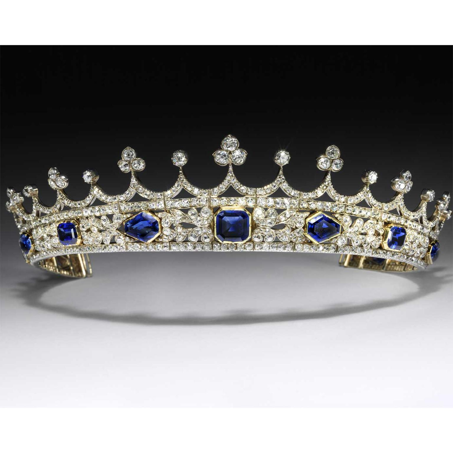Newly Refurbished V&A showcases Queen Victoria's coronet