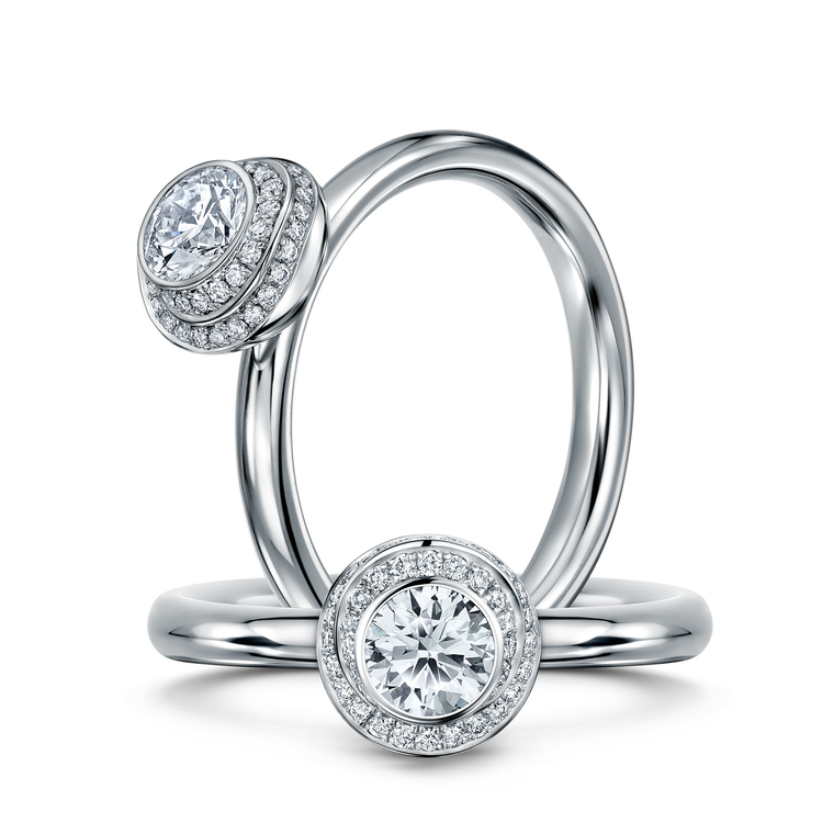 Andrew Geoghegan round brilliant-cut engagement ring