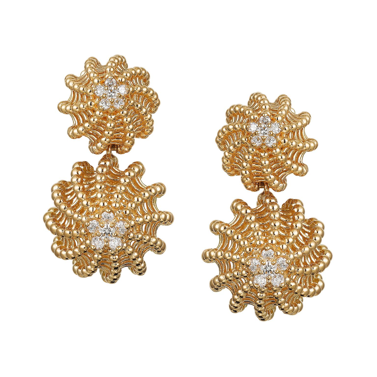 Cactus de Cartier earrings in yellow gold with diamonds