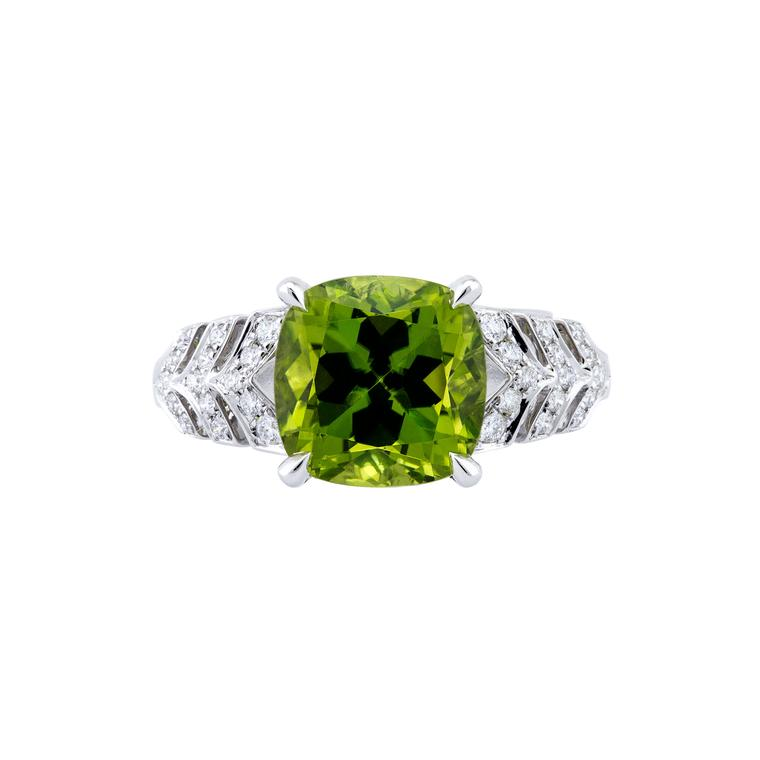 Prism peridot ring with diamonds