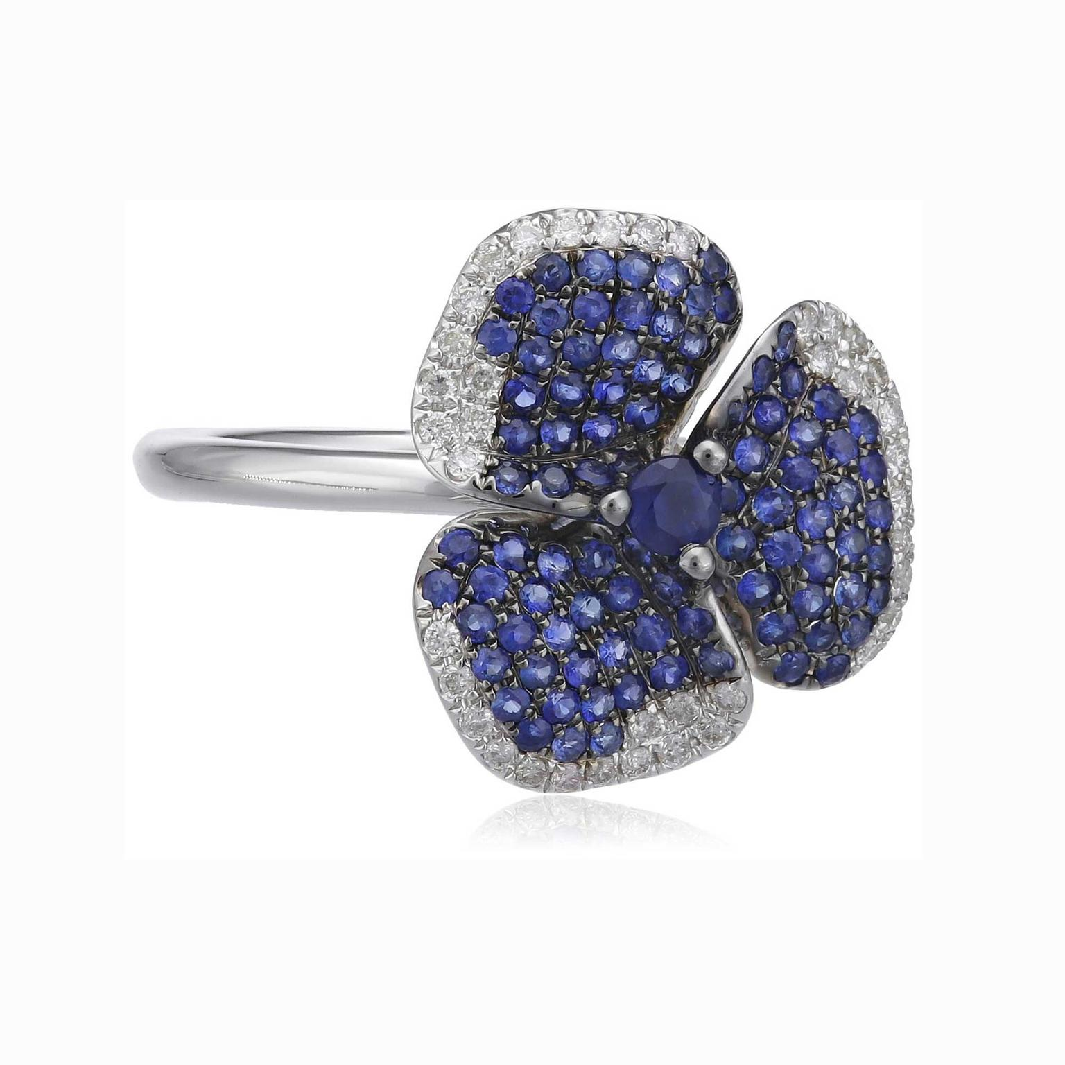AS29 blue sapphire flower ring