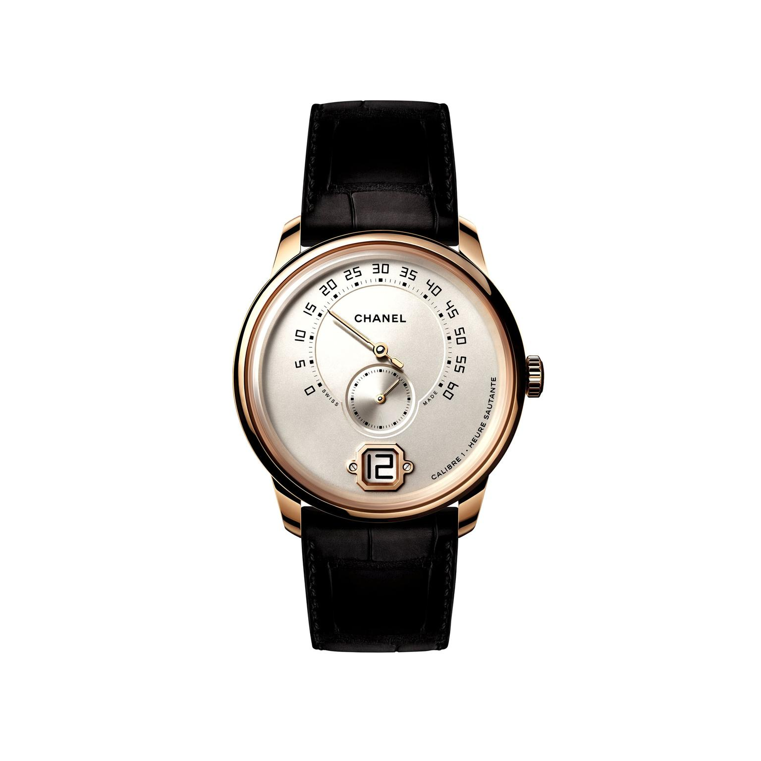 Monsieur de Chanel watch in beige gold