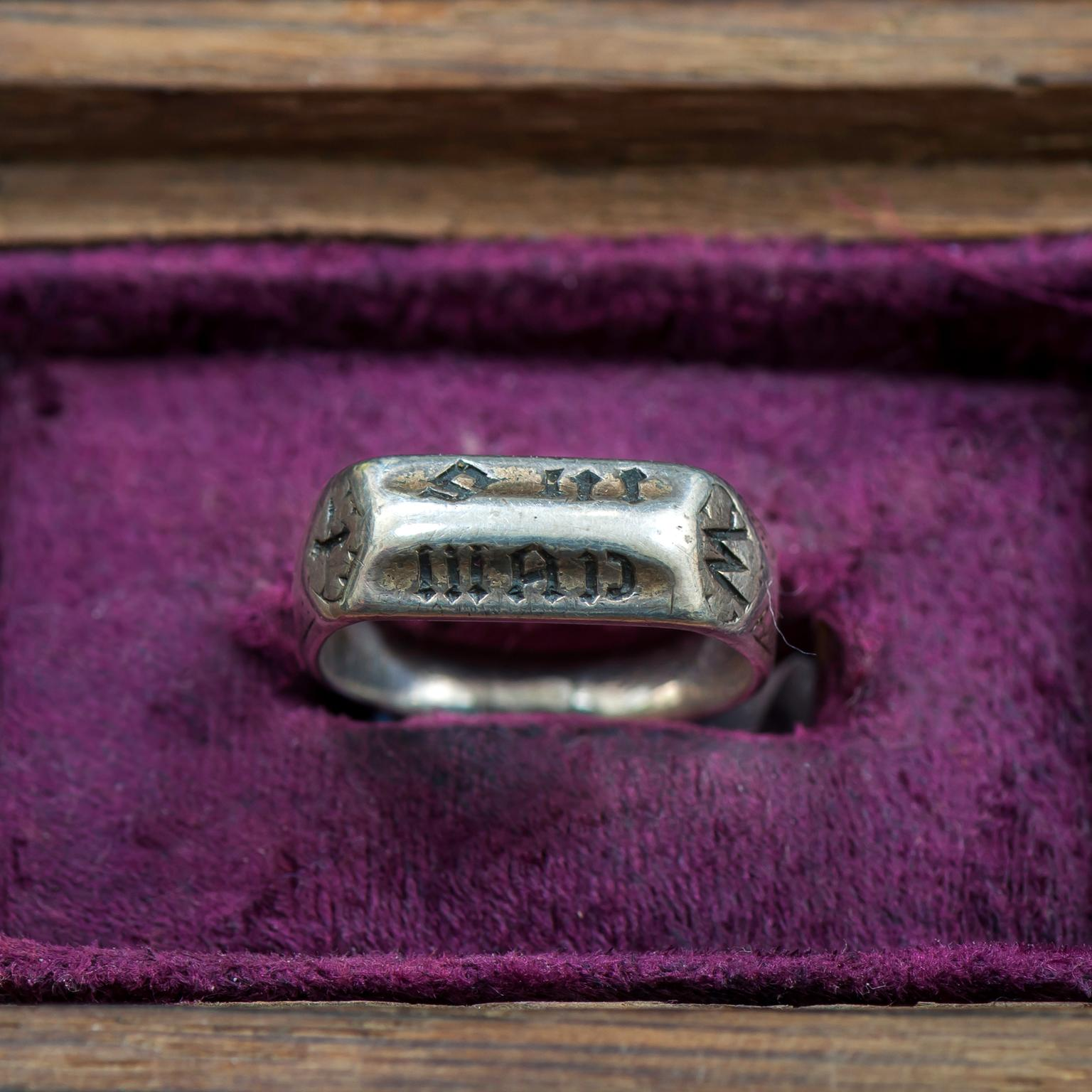 Joan of Arc antique ring inscribed