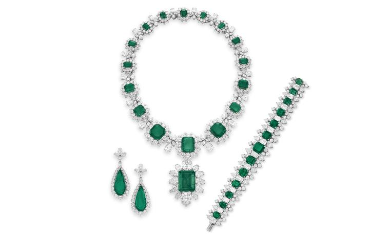 The BVLGARI Emerald Suite A Suite of Emerald and Diamond Jewelry, By BVLGARI Gifts from Richard Burton, 1962-1967 Necklace estimate: $1,000,000 – 1,500,000 Pendant estimate: $500,000 – 700,000 Ring estimate: $600,000 -800,000 Bracelet estimate: ...