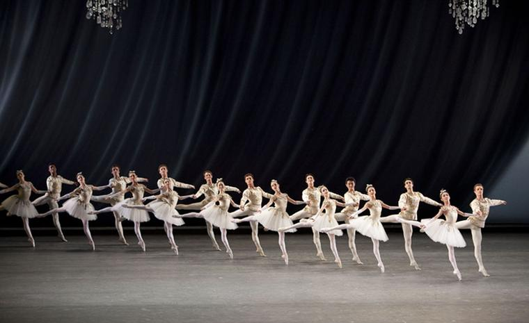 JEWELS: DIAMONDS.The Royal Ballet.