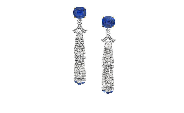 Bulgari. High Jewellery earrings in white gold with 2 cushion-shaped sapphires, cushion-shaped diamonds, round brilliant cut diamonds and cabochon cut sapphires. POA.