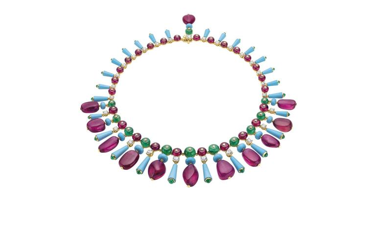 Bulgari. High Jewellery necklace in yellow gold with 11 fancy-shaped rubellites, fancy-shaped and bead cut turquoises, emerald beads, rubellite beads, cabochon cut and emerald beads. POA