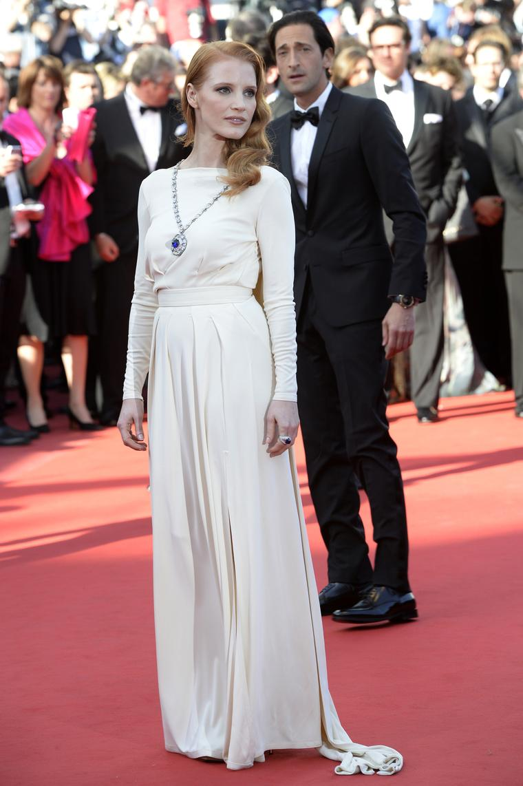 Jessica Chastain wears Elizabeth Taylor Bulgari jewels in Cannes