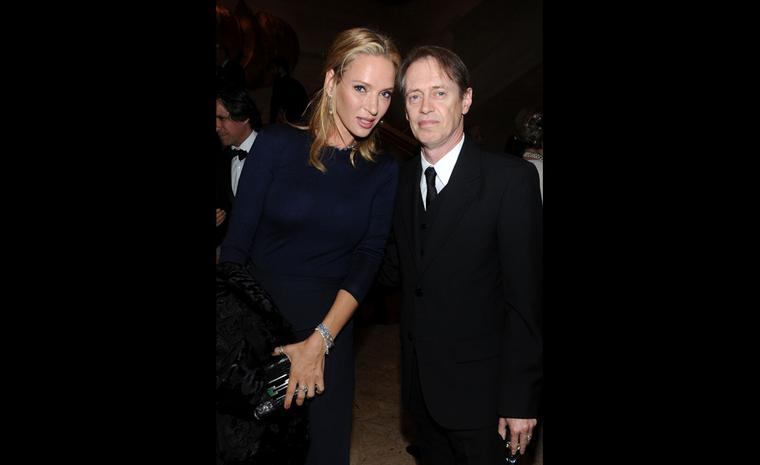 Uma Thurman in Ralph Lauren looking glam in head to toe Ralph Lauren