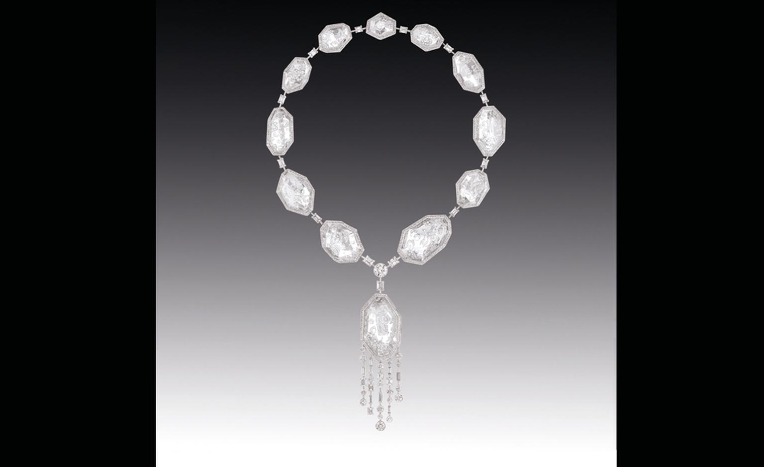Chanel Contrastes collection: Collier Pluie de Cristal. Necklace in white gold and diamonds.