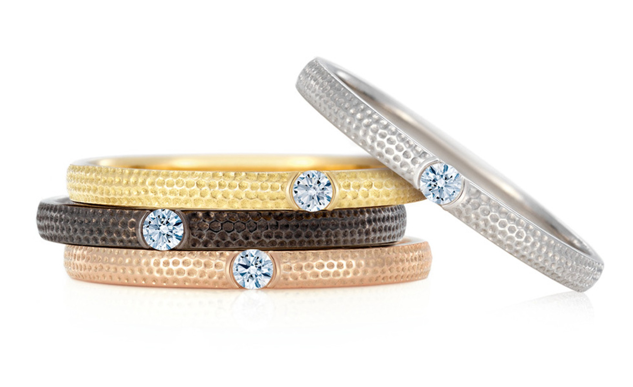 DE BEERS. Azulea Bands selection. Price from £600.