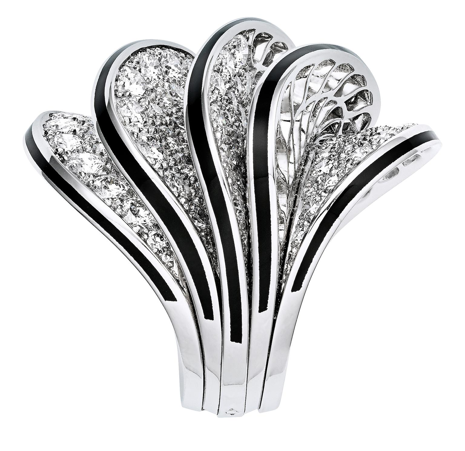 Cartier Paris Nouvelle Vague Glamour ring_20130911_Zoom
