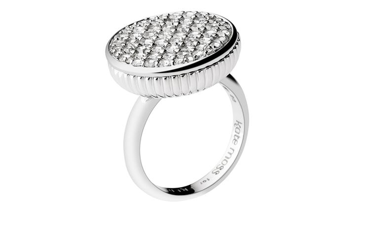 Kate Moss for FRED Collection. White gold ring paved with diamonds 1.4 carats. Price from 5900 €
