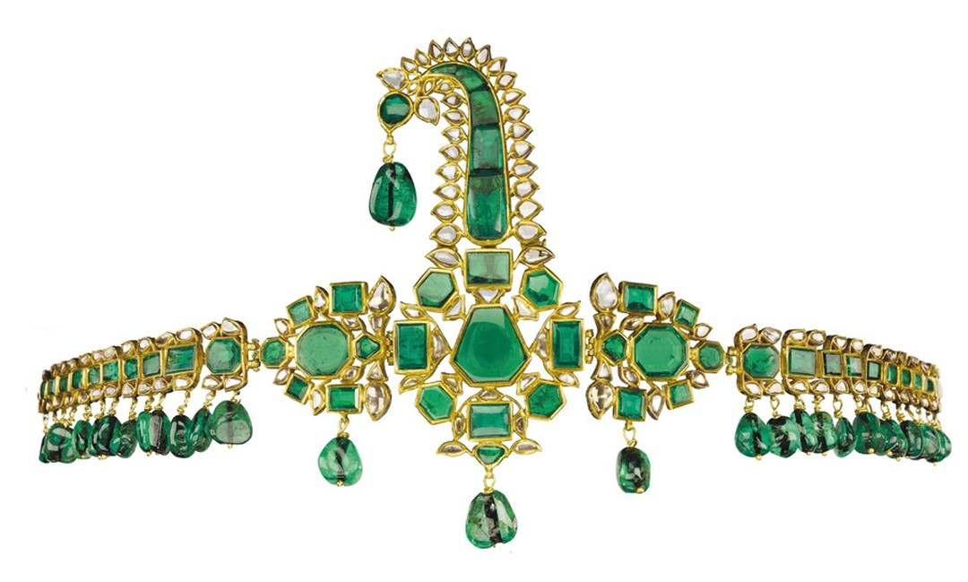 Christies-Lot-369-ANTIQUE-INDIAN-EMERALD-DIAMOND-AND-ENAMEL-SARPECH.jpg