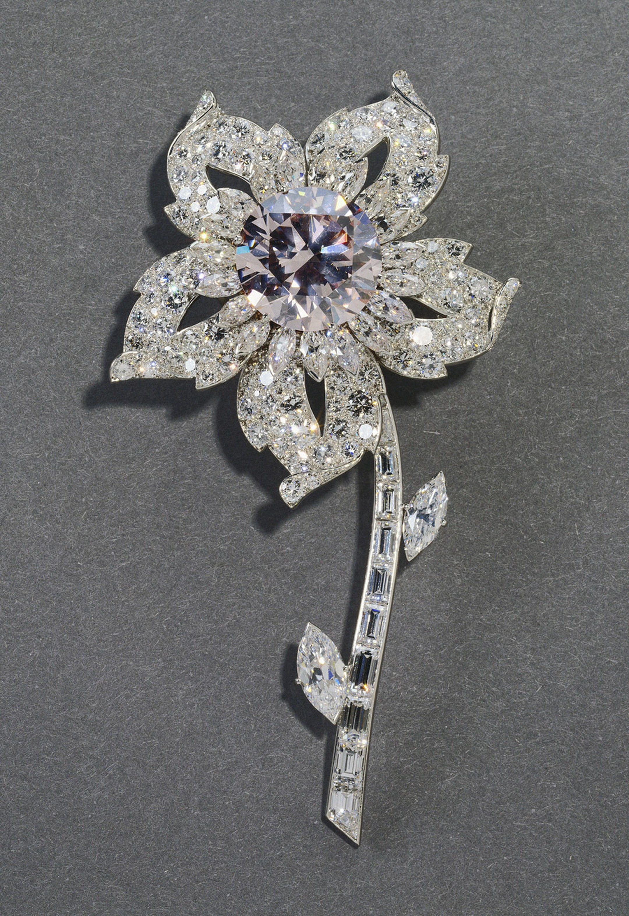 Diamond-Jubilee-Williamson-Brooch