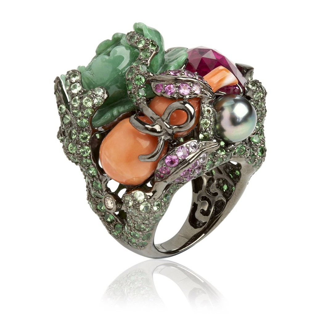 Wendy-Yue-Fantasie-18ct-white-gold--diamond-garnet-sapphire-pearl-coral-and-jade-Jugle-Jumble-ring-By-Wendy--Yue-for-Annoushka-