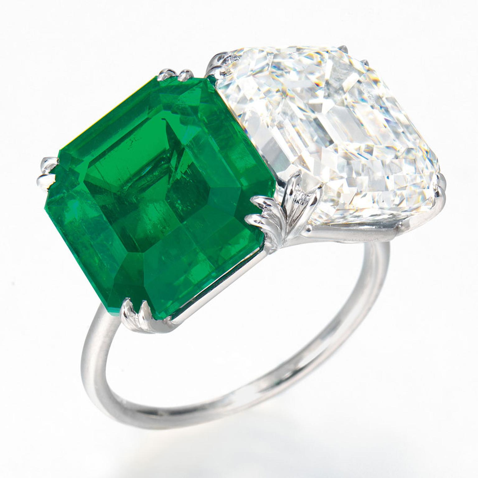 Christies-Emerald-ring