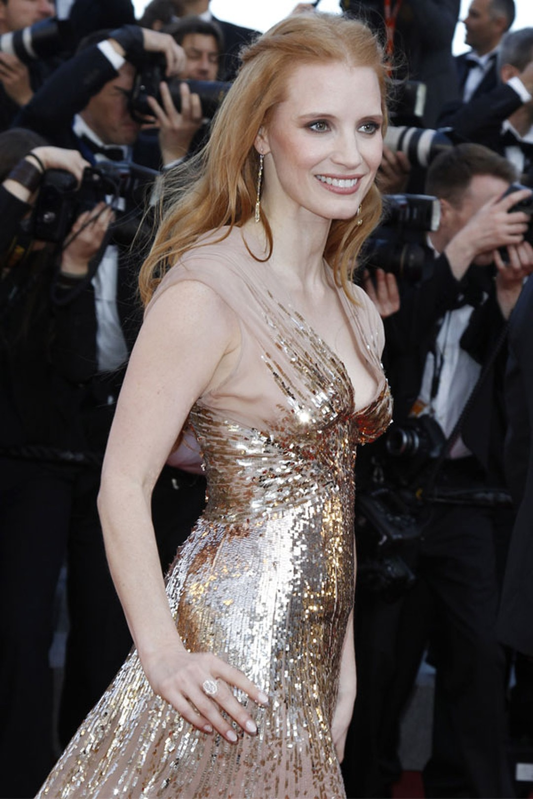 Jessica_Chastain_in_Chopard_04.jpg